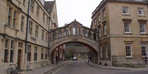 oxford.new college.bridge of sighs.1